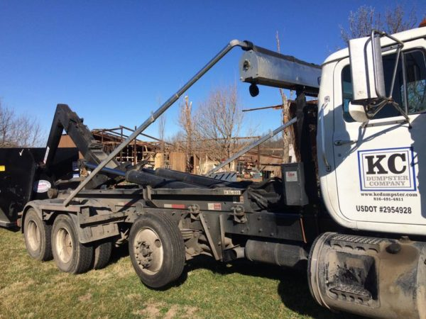 Prairie Village KS location roll off dumpster delivery