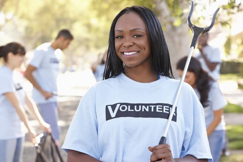 community litter cleanup event