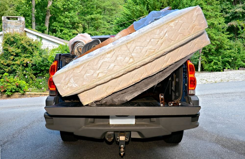 hauling the trash in your pickup tips